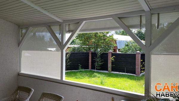 Веранда - вид изнутри с открытой шторой
